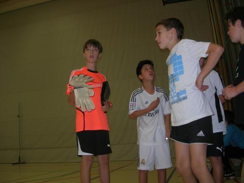 Schüler vor dem Spiel